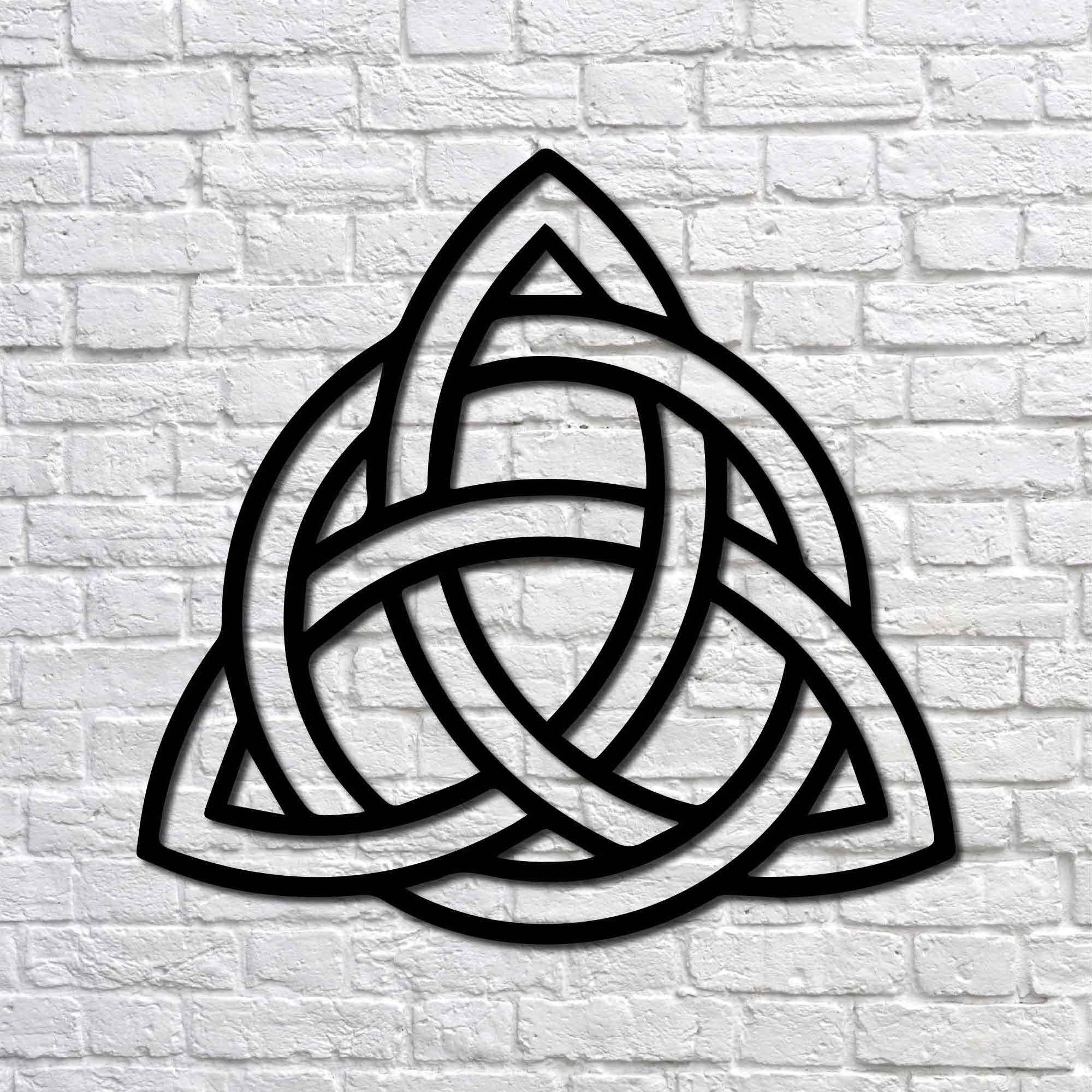 Trinity Knot II – Mini Metal Wall Art