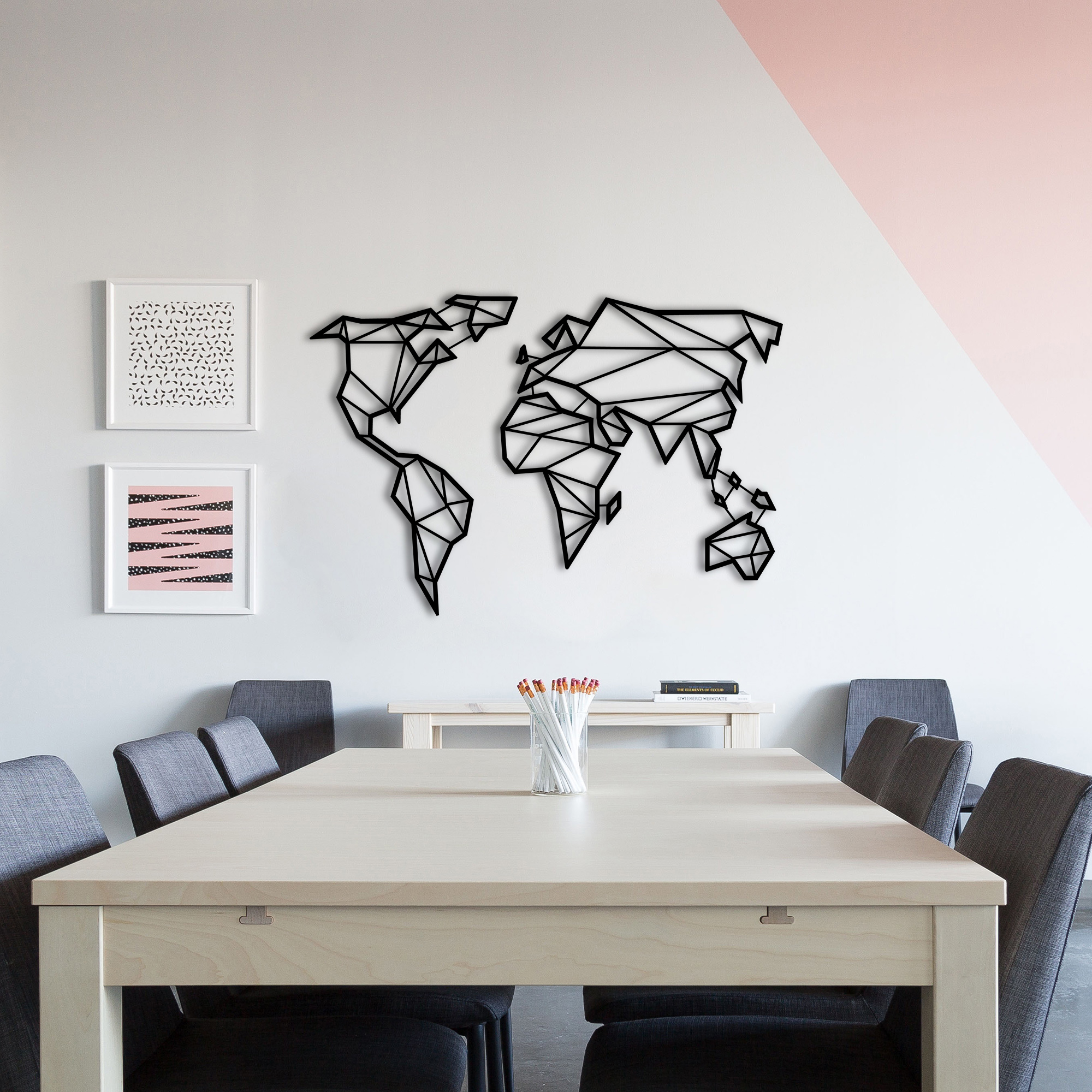 Minimal World – Metal World Map