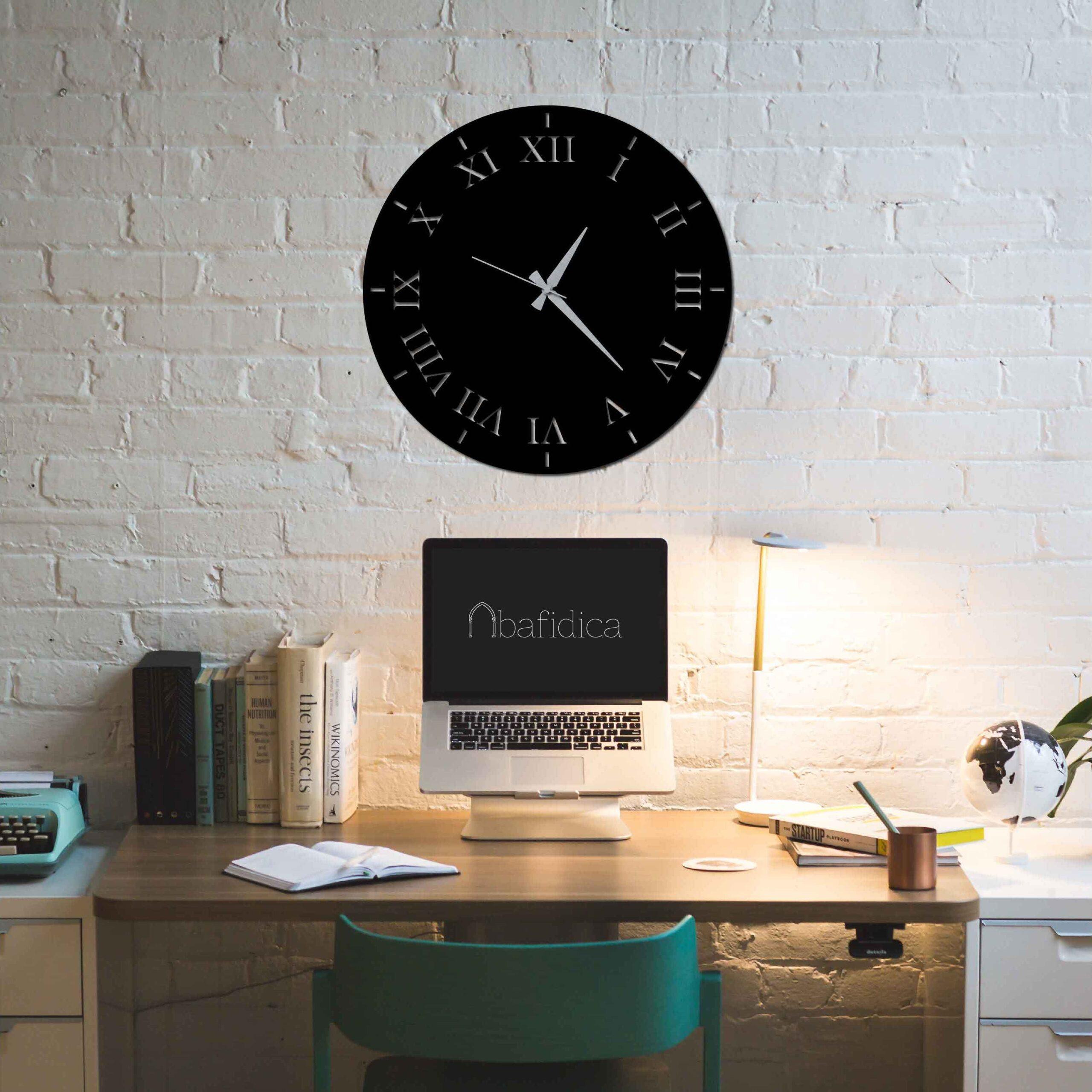 Roman Solid – Metal Wall Clock